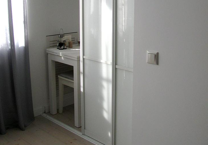 Как спрятать газовые трубы на кухне: фото удачных способов скрыть ... | 506x724